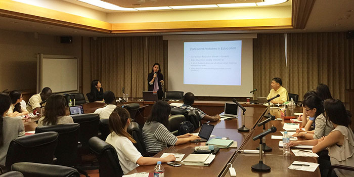 "Development Management Policy Seminar on ""Challenges and Opportunities of Thai Education"""