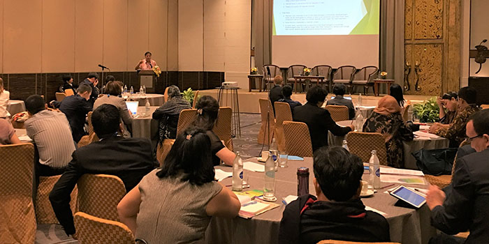 Professor Keiichi Ogawa Presented at 'World Teacher's Day Forum' in Bangkok, Thailand